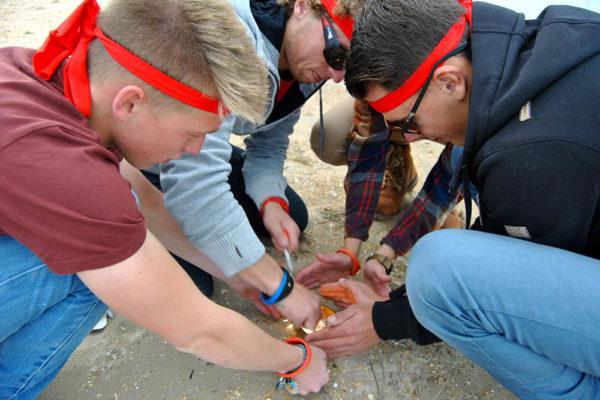 Expeditie Robinson zee teambuilding Funkey