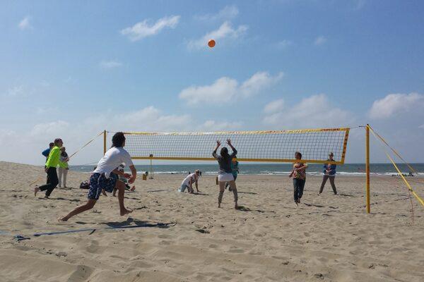 Beach-sporten-volleybal