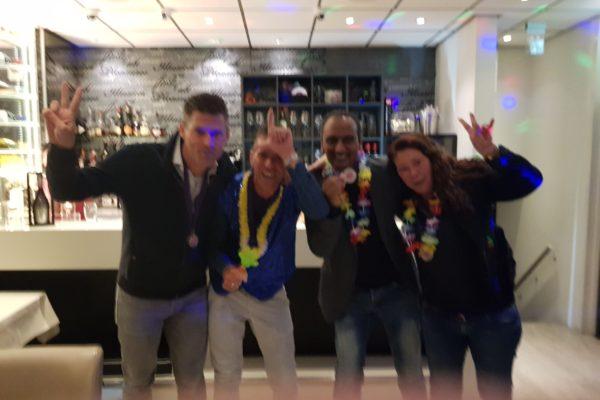muziekquiz-bedrijfsuitje-teamuitje-teambuilding-personeelsfeest-www.bedrijfsuitjequiz.nl